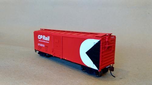 CP Rail 40' 2 door boxcar
