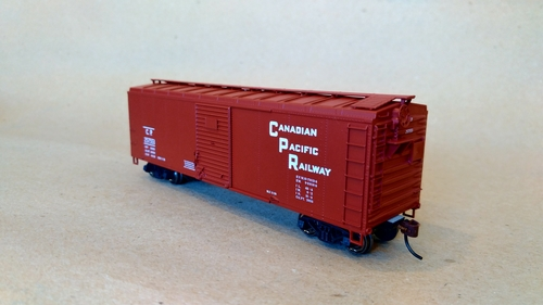 Canadian Pacific Railway 40' 2 door box car