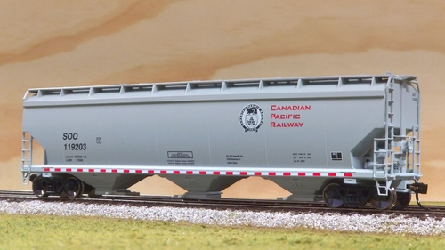 Walthers 5150 Cu Ft Canadian Pacific NSC Covered Hopper