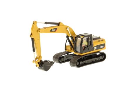 8526202-320d-excavator